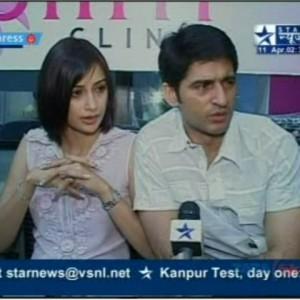 Hiten-&-Gauri-Tejwani-at-the-launch-of-Prettislim-Clinic   Star-News