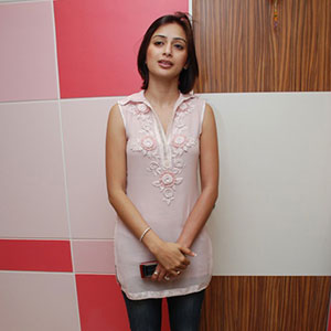Actress-Gauri-Tejwani-at-Prettislim-Clinic