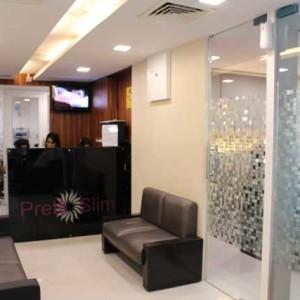 Bandra Clinic Reception