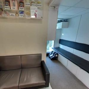 Bandra clinic Client Waiting area