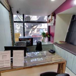 Kandivali Clinic Consultation Cabin 1