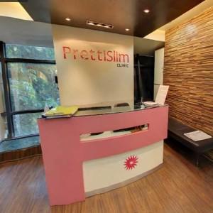 Kandivali Clinic Reception 2