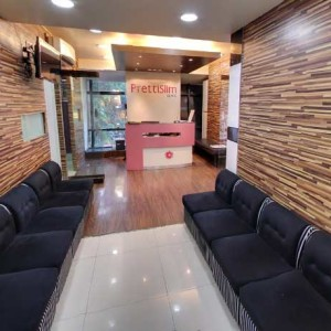 Kandivali Clinic Reception area